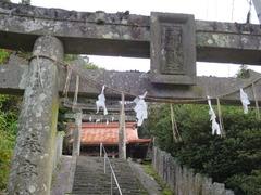 1高樹社上・下鳥居拝殿
