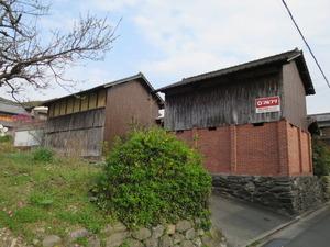 11高良内八幡横の倉庫