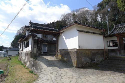 九州大学大学院芸術工学研究院藤原惠洋研究室によるQ大日田ラボ。通称「シタンキャ」2011年5月20日(金)午後5時〜オープン。なにかしたんきゃ、ここに来れば!