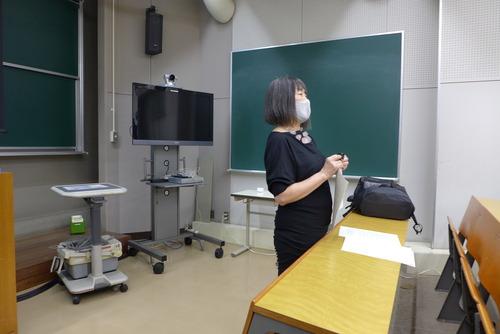 稲葉信子先生【国際文化遺産保護法】第1回集中講義開催さる!