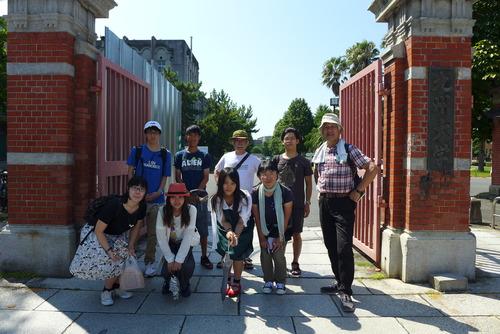 九州大学箱崎キャンパス「まちあるきとブラ遺産」2016.8.11(木)