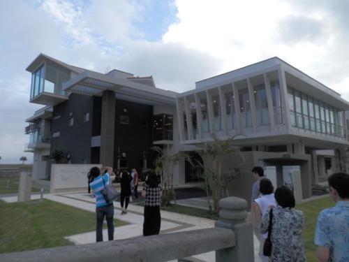 沖縄にある図書館を巡りました。2015.5.17