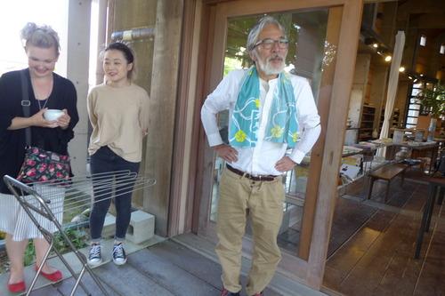 5月30日(木)夕刻16:40〜20:00 2コマ連続にて芸術工学部[芸術文化環境論]の集中講義を開催します。非常勤講師には丸尾焼五代目の金澤一弘氏を招きします。