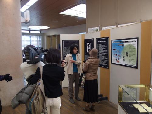 雪が降り雷鳴響く2月5日(木)『尹東柱の詩を読み継ぐ2015』展示会がいよいよ開催しました!!