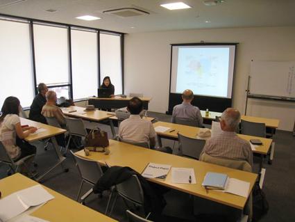 藤原惠洋研究室博士院生として学位授与を控えた李粉善さんの講演会が開催されました。