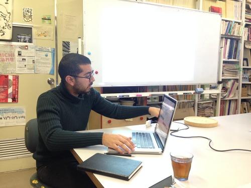 ガリ・ボウアヤド氏(パリ・ラ・ヴィレット建築大学からの留学生)2015年1月27日(火)定例ゼミにて研究発表!
