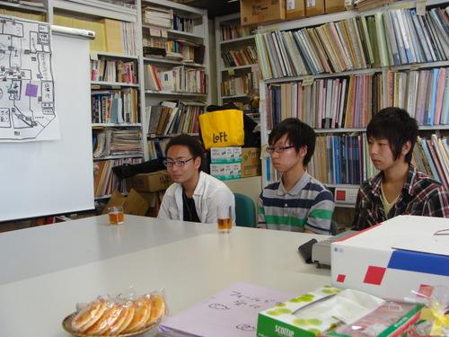 2011.7月29日(金)学部一年生用のコアセミナーのグループ成果の発表が行われました!