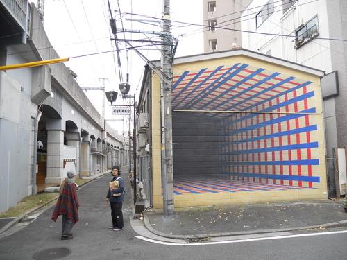 日本文化政策学会に参加、その際に横浜・黄金町バザールも踏査しました。
