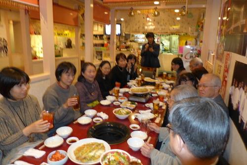 打ち上げは西新の韓国料理「でじや」にて!