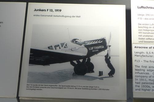 P1440884