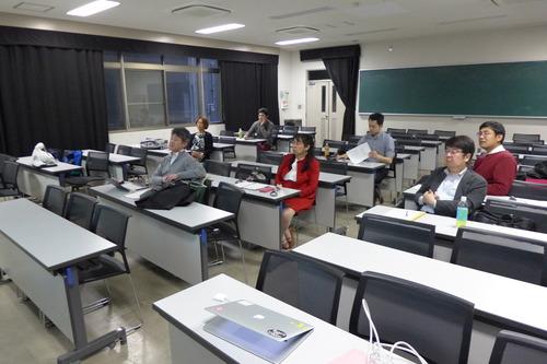 2018年4月26日(木)18:00〜19:20九州大学文化政策フォーラム第1回研究会を開催しました。