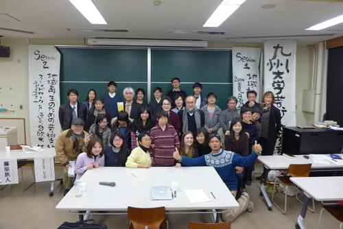 第5回九州大学芸術文化環境学会が開催されました。神戸大学藤野一夫先生の参加のもと、2014年夏開催の日独文化政策会議(独ベルリンおよびゲルリッツにて開催)を髣髴とするような!