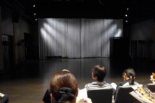 2019年8月13日(火)うずめ劇場『贋の侍女』公演in北九州芸術劇場