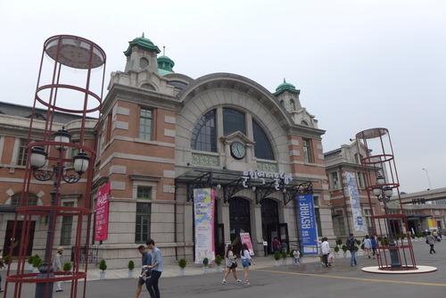 速報続き 韓国創造都市の歩きかた2014夏の実地編 その2、ソウルの旧ソウル駅アートステーション216、東大門デザインプラザ(DDP)、チャンシンドン、北村、清渓川