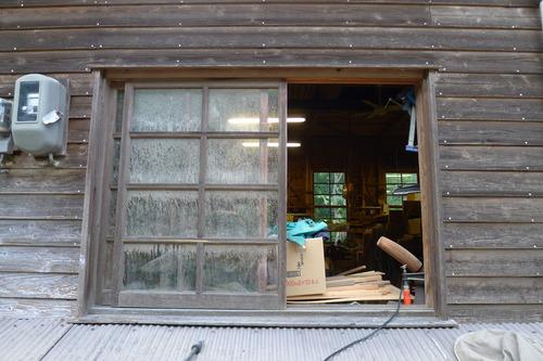 同人・研究室スタッフ、黒木町の西岡泰心工房水害被災復旧支援へ。