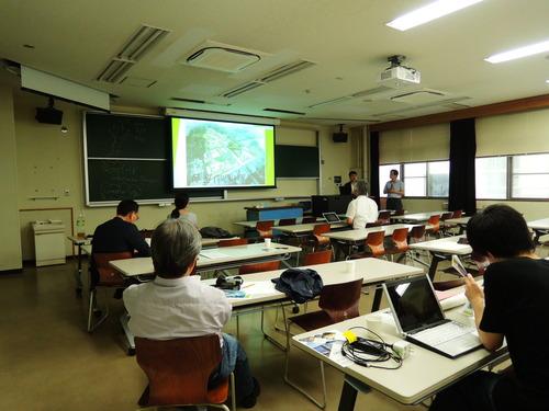 7月3日(金)韓国・牧園大学の朴先生が「芸術文化・環境論」の授業でお話をされました。