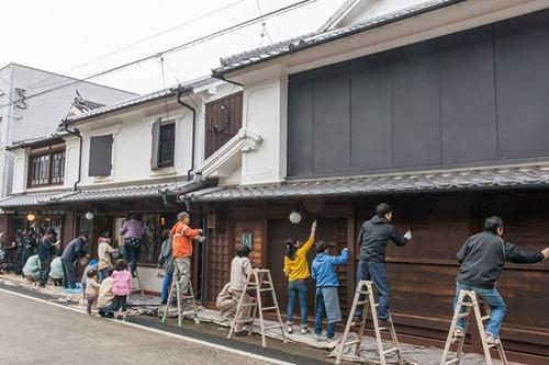 八女の中島宏典さんより八女福島 町家のベンガラ柿渋塗りワークショップご案内
