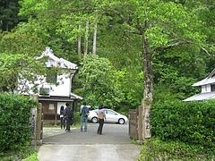 竹の活用を考える。八女市立花町白木 旧大内邸にて