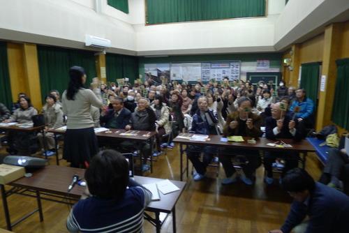 2月15日(水)夜の日田市三花公民館は熱気溢れる参加型ワークショップ体験版でした!