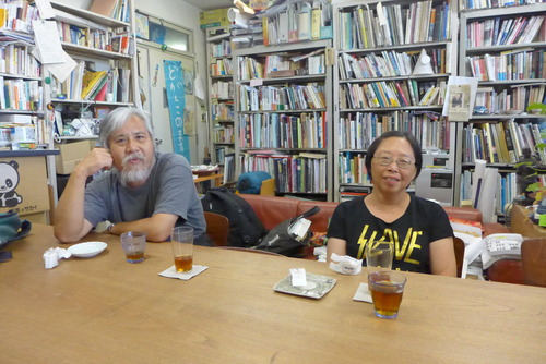 最強の大学院生児島理華さんのご両親ご来訪。帰国後の香港からの連絡1件。
