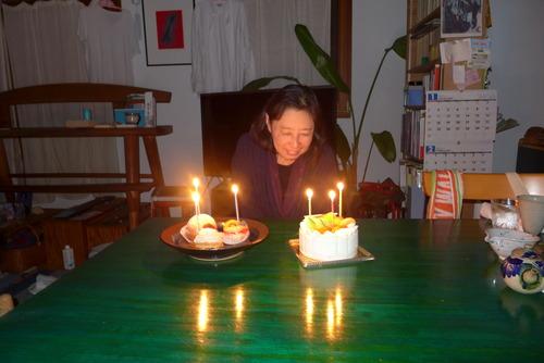 ある時はオイリュトミスト、ある時はイサドラ、しめやかに生誕祭を!