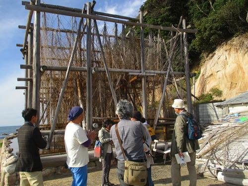 糸島市にある「またいちの塩」製塩所とお店を見学させていただきました。2017年11月12日(日)