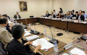 5月28日(火)文化庁文化審議会世界文化遺産特別委員会の模様が朝日新聞で紹介されています