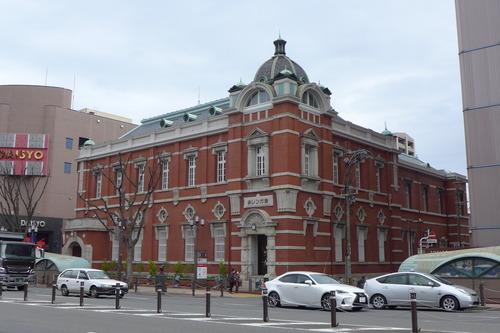 大分市府内のランドマーク旧二十三銀行「赤レンガ館」蘇る!