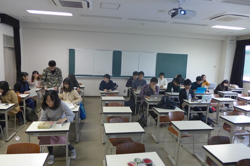 2017年度九州大学芸術工学部芸術情報設計学科3年生演習『フィールドワーク演習』の演習風景その5 11月10日!