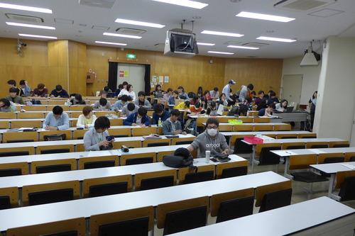 2018年4月26日(木)5時限 学部「芸術文化環境論」第3回講義。
