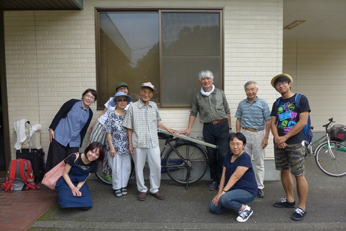 菊池惠楓園美術クラブのみなさんが描かれた貴重な絵画作品のリスト化と保存活動に参加しました。