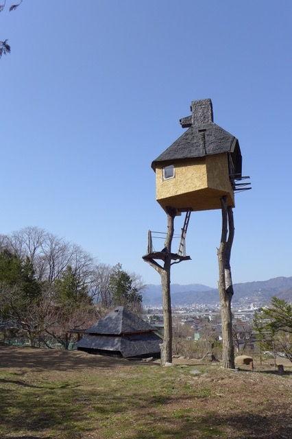 野蛮ギャルドなフジモリ建築の聖地(信州・諏訪・高部村)にその原点建築を訪ねて