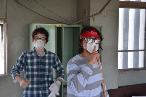 2012年7月18日(水)日田駅2階プロジェクト、駅deカフェの準備に日田ラボ大活躍!