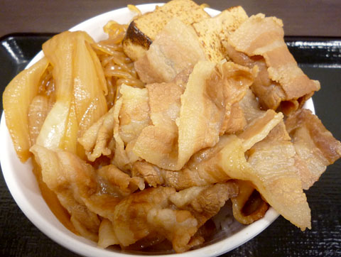 豚すき焼き丼上から@麺丼屋