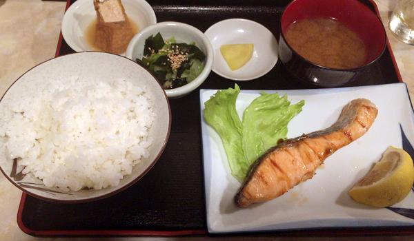 鮭焼き定食