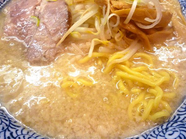 大慶濃厚豚骨醤油ラーメンUP
