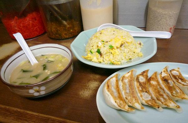 長浜やチャーハン餃子セット2