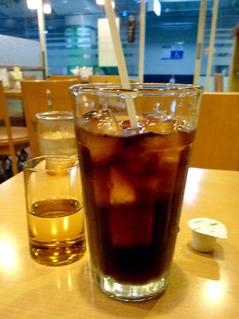 待合室アイスコーヒー