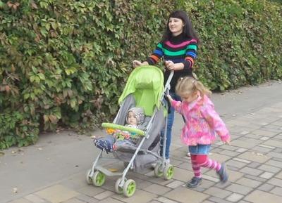 既婚女子「子連れママに厳しい人って何なの?赤ちゃんなんだからうるさくてもしょうがない!」