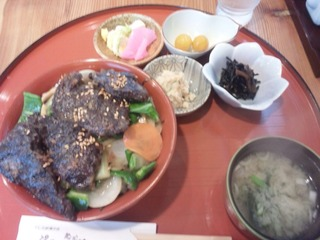 ヤキヤキ丼