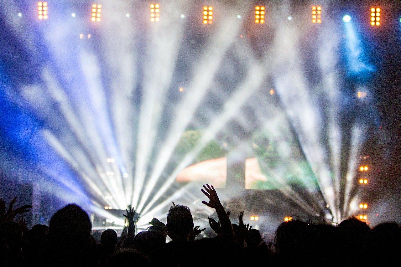concert-336695_1280-1