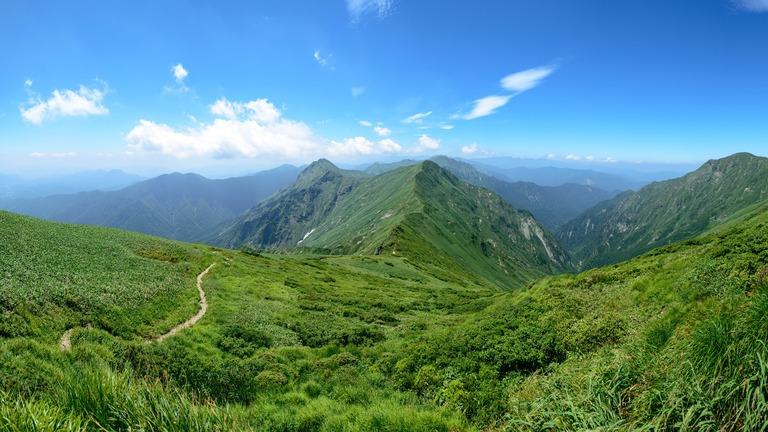 母の友人が5人で2台の車で筑波山を登っているとき