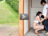 パコパコママ 無料サンプル動画 夏本番!激ヤバ衣装で街中を露出徘徊する人妻 片岡暁美
