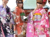 天然むすめ 無料サンプル動画  2013素人娘の新年会 前編 内田梓&下川亜矢