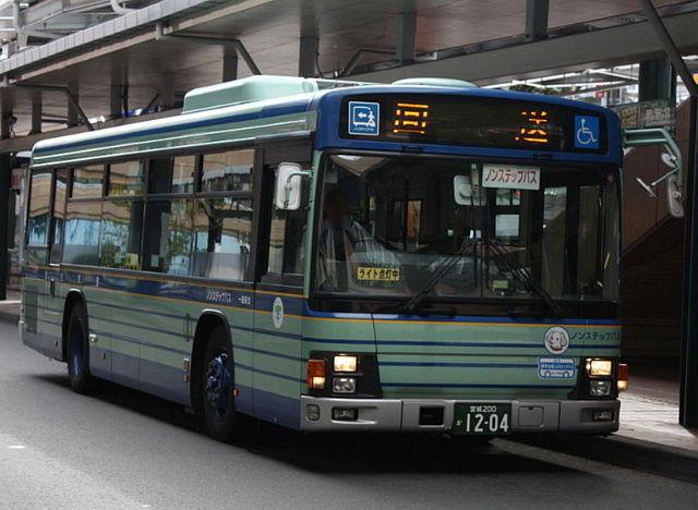 800px-Sendai_city_bus_1204