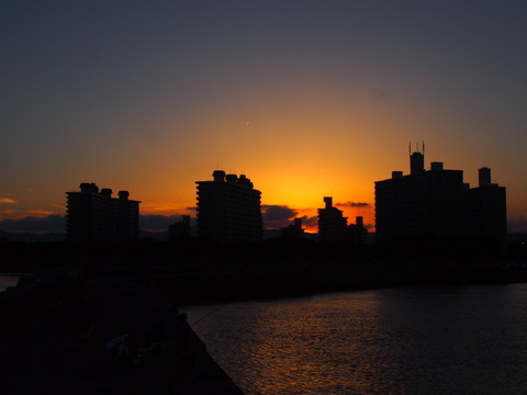 鴨池新町の夕焼け