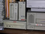 SCSI接続CD-R/RWドライブを取り付けました