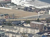 登山途中・登山道から見えた呉線の列車
