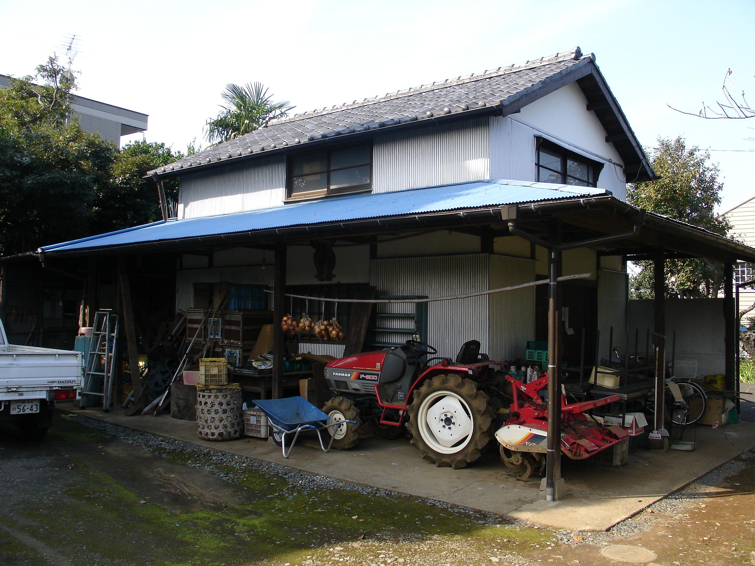 DSC03986 古くから農家を営むH様邸の納屋。ずいぶん長い間、使用していなかった納屋を...