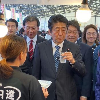 総理の宮城県訪問に随行